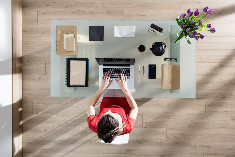 Clear that inbox! Our office tidying tips
